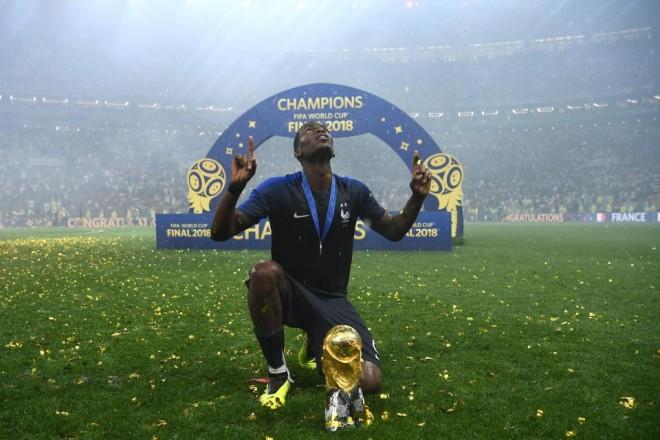 Paul Pogba saat menjuarai Piala Dunia 2018/Getty Images