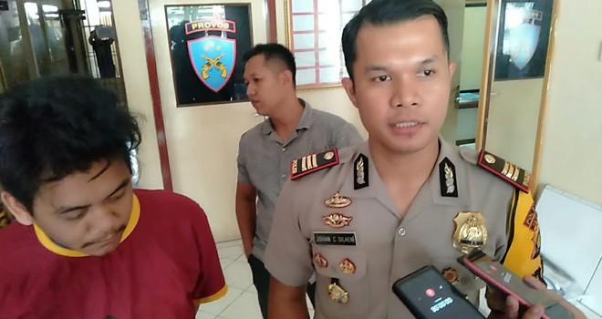 Airul Anas alias Uul (19) warga Jalan Empu Gandring, Kelurahan Solok Sipin, Kecamatan Telanaipura saat diamankan.