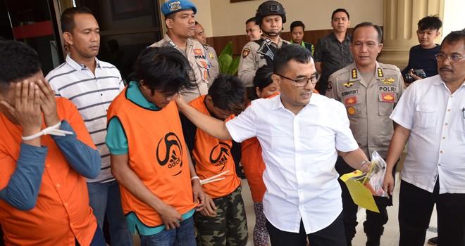 Kurir sabu ditangkap saat membawa 1 Kg sabu asal Malaysia yang melewati Jambi untuk diantar ke Palembang. Foto : Ist
