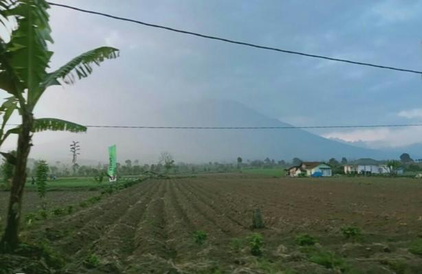 Erupsi yang terjadi di Gunung Kerinci Rabu (31/7)