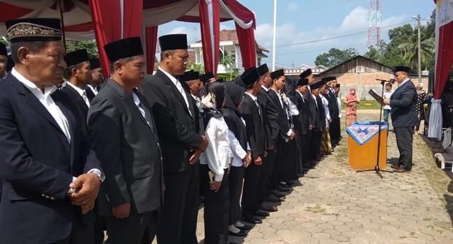 PELANTIKAN : Suasana pelantikan perangkat desa dan BPD se-Kecamatan Pemayung.