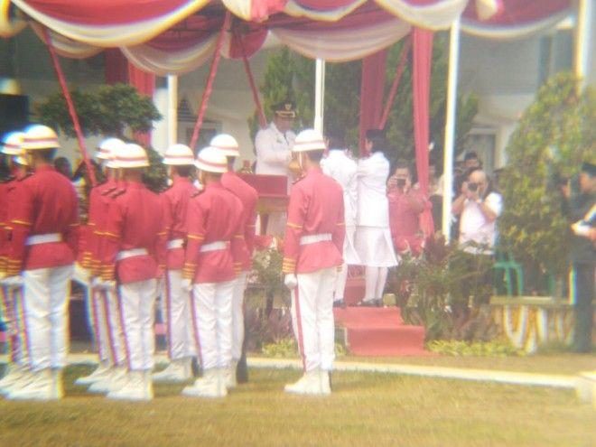 Bupati Tanjabtim Jadi Inspektur Upacara HUT ke 74 Kemerdekaan RI.