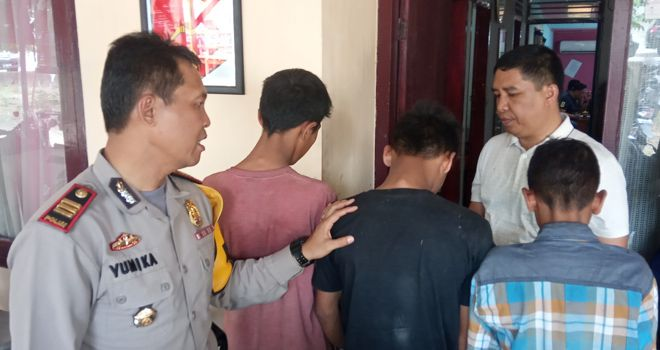 Tiga pencuri kabel yang diamankan Polsek Telanaipura.