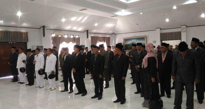 Pelantikan Puluhan Pejabat Eselon III dan IV di ruang pola kantor Bupati Kerinci.