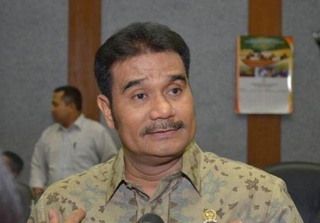 Sutan Adil Hendra (SAH).