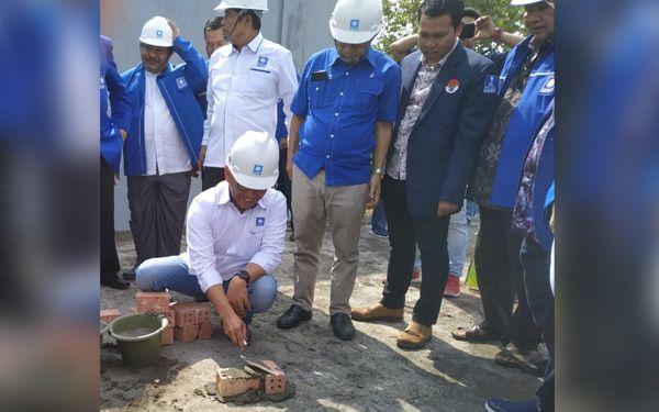Pembangunan Lantai Dua Gedung DPW PAN Jambi.