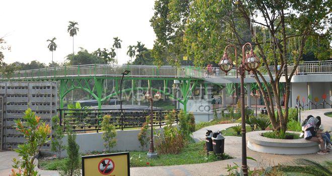 Ruang Terbuka Hijau (RTH) Taman Anggrek Sri Soedewi kawasan Telanaipura.