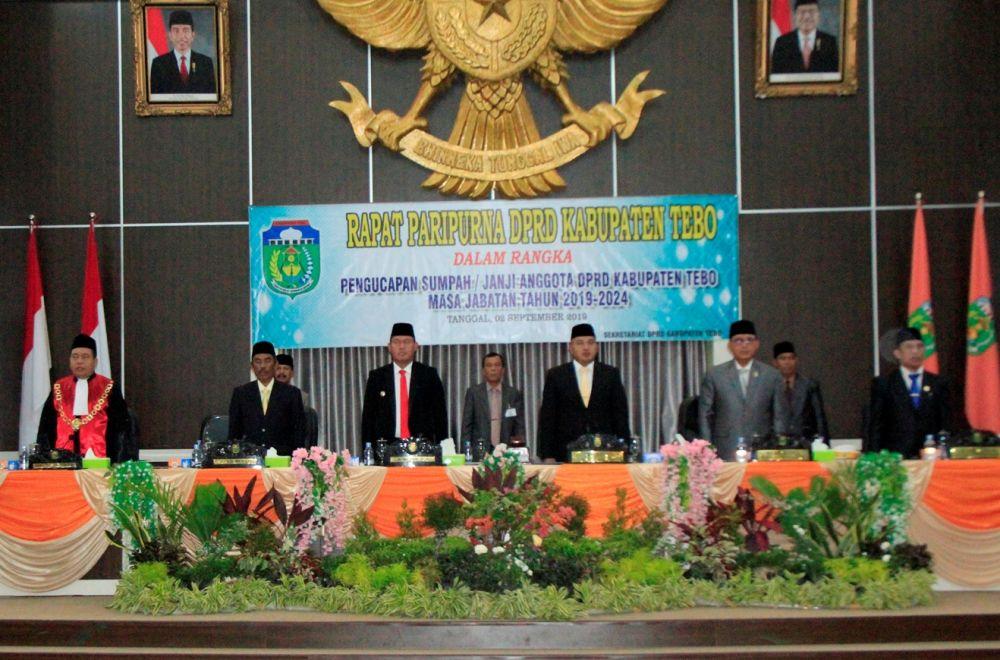 Rapat Paripurna Pengucapan Sumpah Anghlgota DPRD Tebo Masa Jabatan 2019-2014.