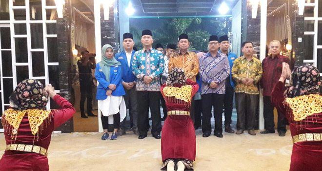 Wako Sy Fasha saat Hadiri Pelantikan Pengurus Cabang PMII Kota Jambi.