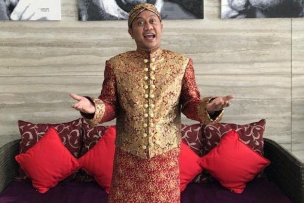 Pelawak dan Bintang Iklan, Totos Rasiti yang lebih akrab dikenal dengan sebutan 'Om Jin' (Instagram)