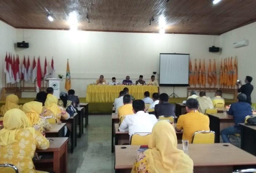 Rapat Pleno terbatas penyampaian laporan hasil kerja tim evaluasi kinerja DPD I Provinsi Jambi dan juga DPD II Partai Golkar Kabupaten/Kota.