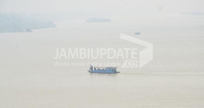 Kabut asap di Kota Jambi beberapa waktu lalu.