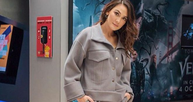 Aktris Luna Maya ternyata sampai saat ini masih jomlo.