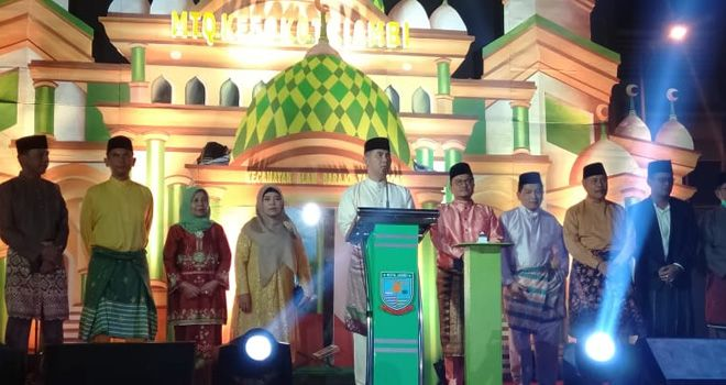 Wali Kota Jambi Dr. H. Syarif Fasha, ME, membuka secara resmi perhelatan akbar MTQ Tingkat Kota Jambi di tahun 2019 di Kelurahan Mayang Mangurai, Kecamatan Alam Barajo, Rabu Malam (9/10).