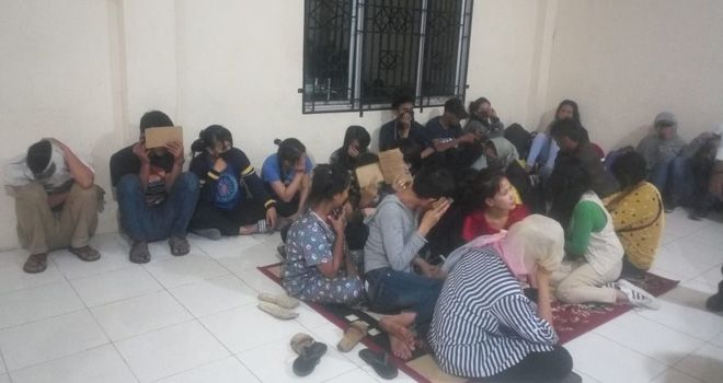 15 pasangan mesum yang diamankan Satpol PP Kota Jambi, Rabu (9/10) malam.