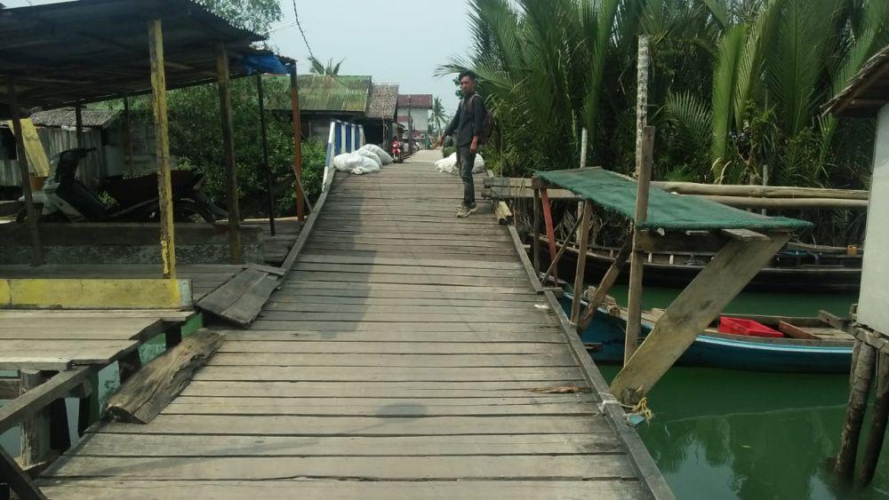 Warga Minta Jembatan Teluk Majelis Tahun Depan Dibangun Permanen.