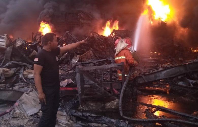Kebakaran PT Aneka Bumi Pratama (ABP).