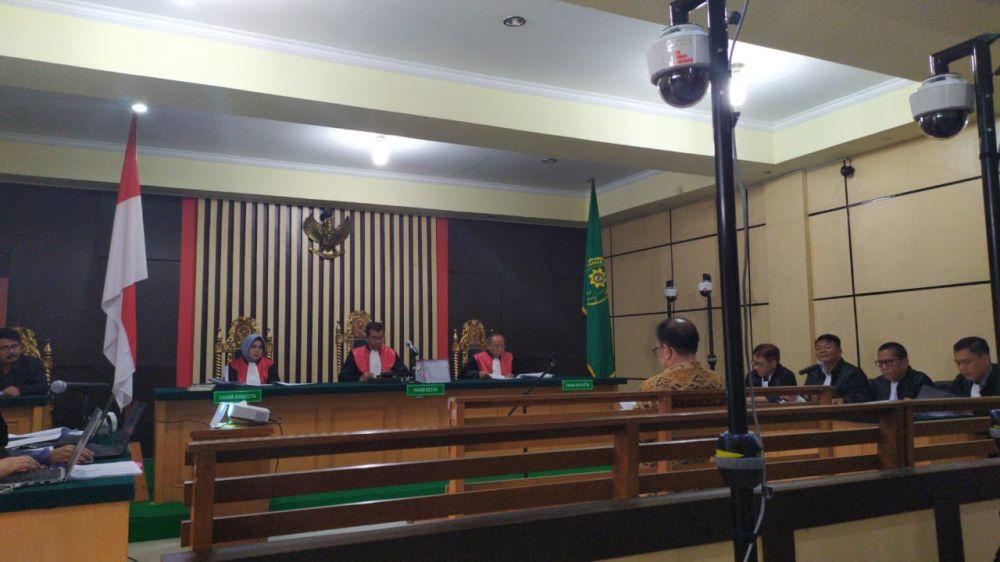 Terdakwa suap uang ketok palu RAPBD provinsi Jambi 2018 Joe Fandy Yoesman alias Asiang kembali disidangkan.