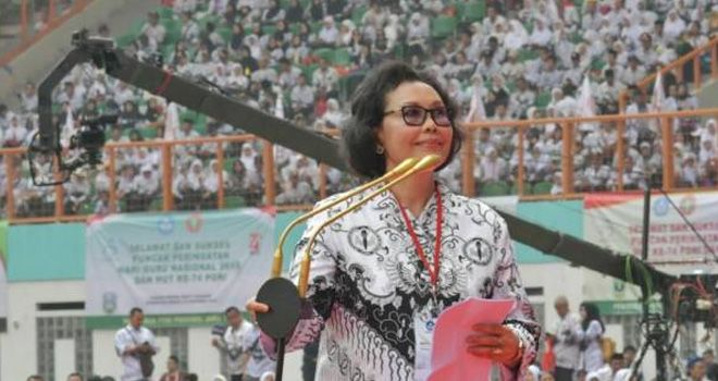 Ketum PB PGRI Prof Unifah Rosyidi.