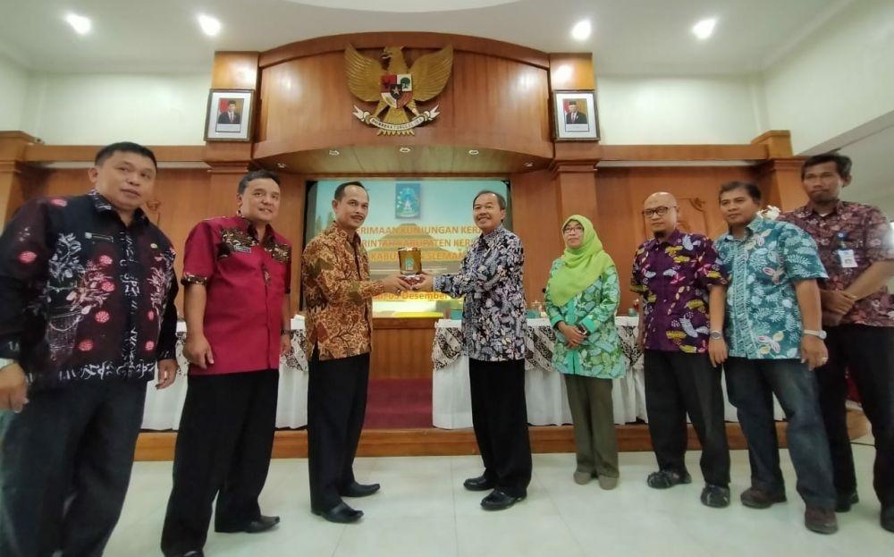 Studi Komprehensif di Pemkab Sleman Yogyakarta.