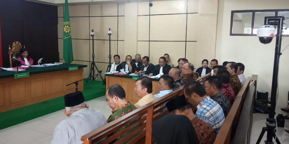 Sidang kasus suap uang Ketok palu RAPBD Provinsi Jambi dengan terdakwa Zainal Abidin, Efendi Hatta dan muhamadiyah.