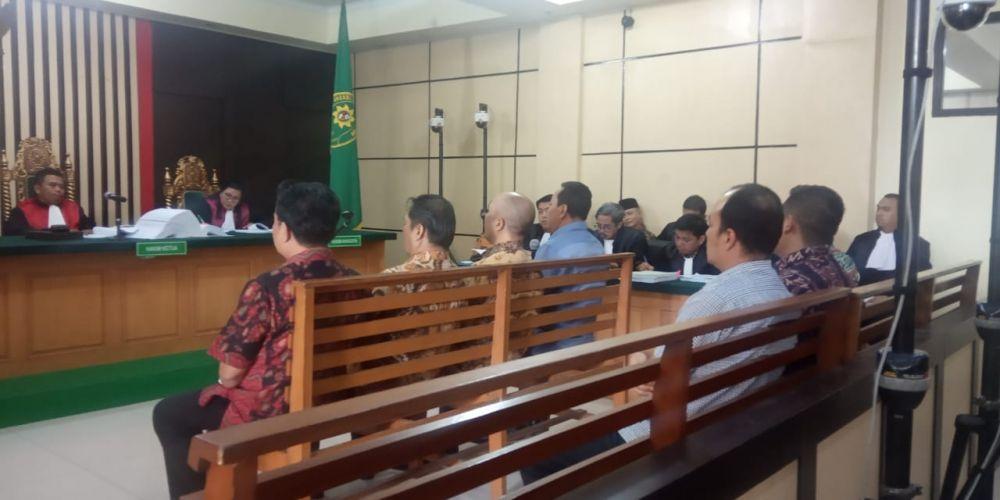 Sidang perkara suap uang ketok palu RAPBD Provinsi Jambi 2017-2018 dengan terdakwa Sufardi Nurzain, Elhelwi dan Gusrizal.