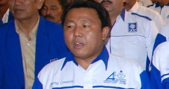 Ketua Tim Pilkada DPW PAN Provinsi Jambi, Yos Adrino.