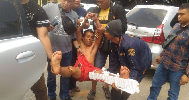Pembunuh janda di Tebo dihadiahi timah panas karena berusaha melawan petugas saat hendak ditangkap.