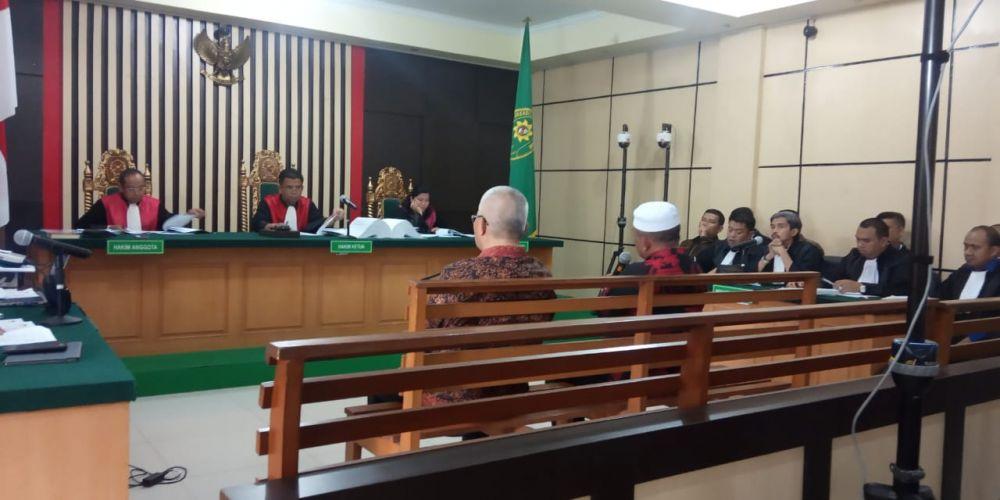 Saipuddin saat menjalani persidangan tiga terdakwa Supardi Nurzain, Gusrizal dan Elhelwi.