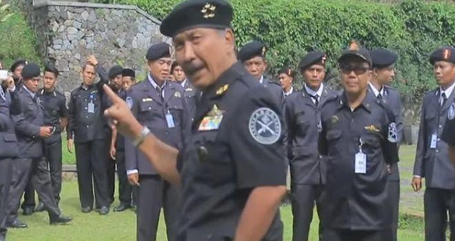 Pemimpin dan anggota Sunda Empire.