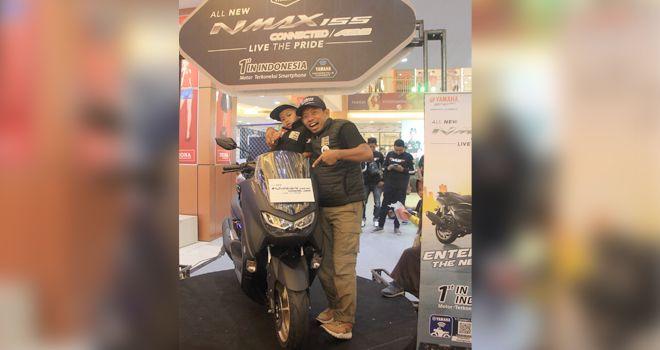 Peluncuran skuter matik premium All New NMAX 155 Connected/ABS di Mall Jambi Town Square, Jl. Kapten A. Bakaruddin, Kota Jambi pada Sabtu (15/2).
