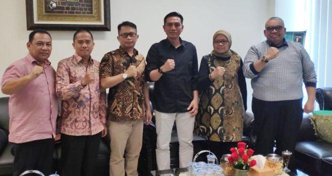 Dewan Pimpinan Pusat Partai Persatuan Pembangunan (PPP) telah mengeluarkan surat tugas kepada calon Bupati Batanghari M.Fadhil Arief dalam rangka menghadapi Pilkada tahun 2020.