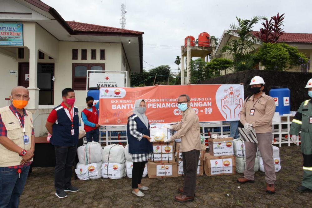 SKK Migas-PetroChina Serahkan Bantuan Covid-19 di Tanjung Jabung Timur