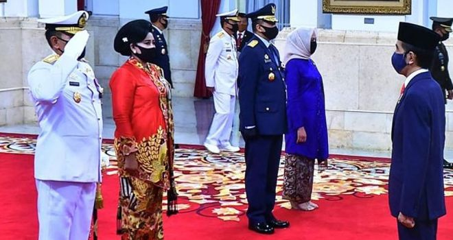 Presiden Jokowi lantik KSAL dan KSAU di Istana Negara, Rabu (20/5/2020).