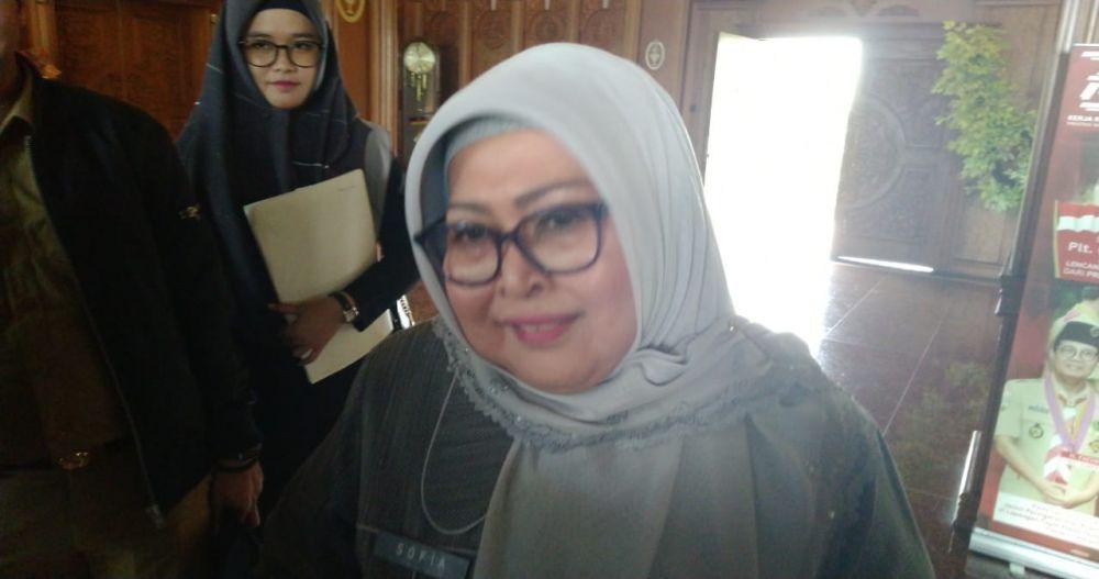 Hj Sofia Fattah semasa hidup.