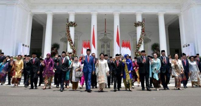 Presiden Jokowi bersama jajaran Kabinet Indonesia Maju.