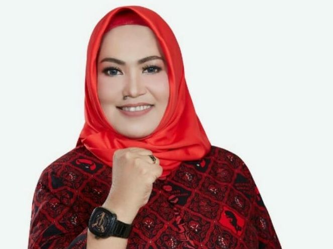 Ketua Fraksi PDI Perjuangan DPRD Provinsi Jambi, Nur Tri Kadarini
