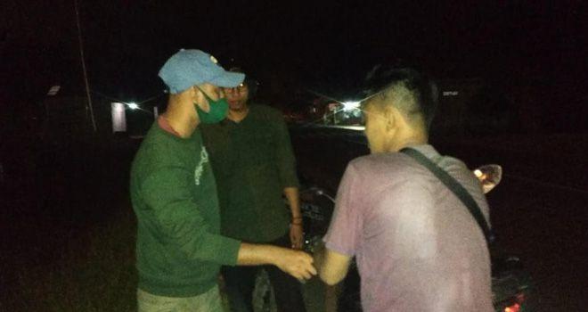 2 Pemuda di Sekernan Syok Ditodong Pistol oleh anggota Satnarkoba Polres Muarojambi.