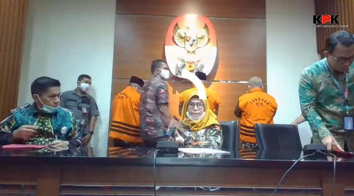 Cekman, Tajuddin Hasan dan Parlagutan Ditahan KPK.