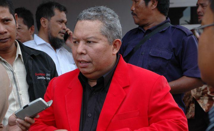 Safrial saat berada di kantor DPD PDIP Provinsi Jambi beberapa waktu lalu