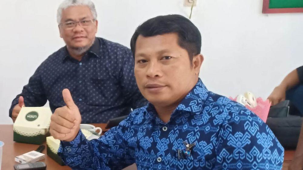 Ketua Bakomstra (Badan Komunikasi Strategis) DPD Partai Demokrat Provinsi Jambi, Muslim Yahya