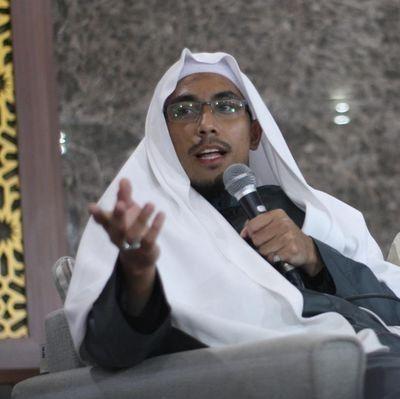 Ustadz Maaher At Tuwailibi.