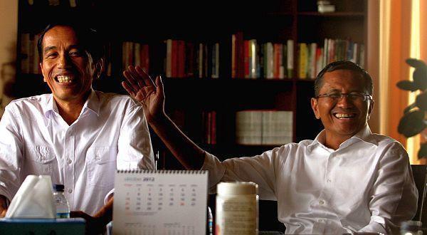 Foto dokumen yang menggambarkan kedekatan Dahlan Iskan bersama Joko Widodo sebelum menjadi Presiden.