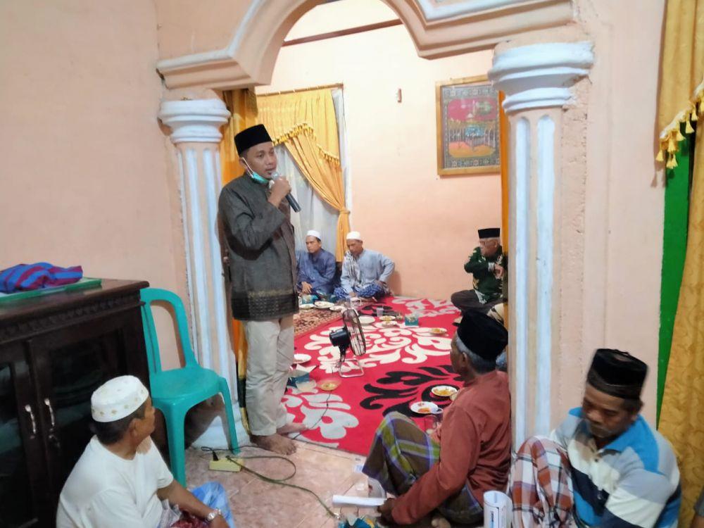 Apri ketika menyampaikan sambutan saat bertemu warga Tenam, Kecamatan Tanah Sepenggal beberapa hari lalu.
