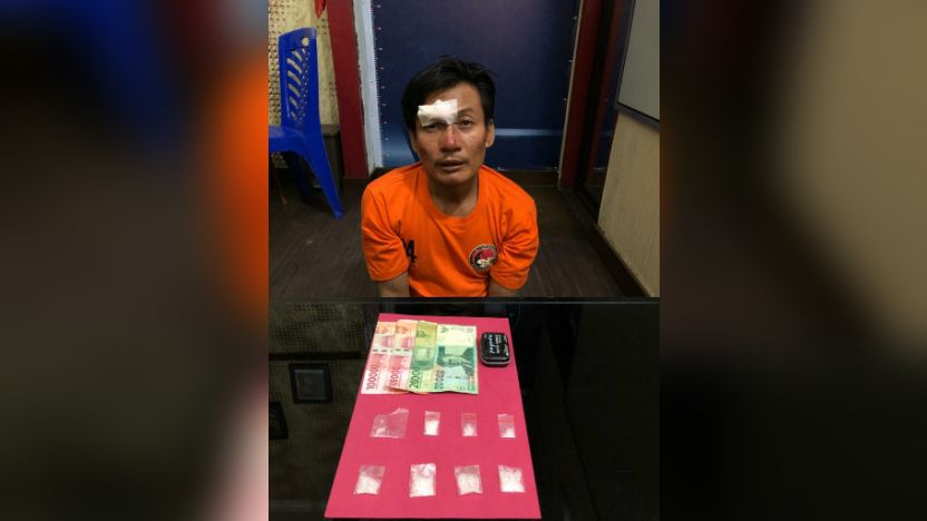 Tiga orang bandar narkoba jenis sabu diamankan oleh Satnarkoba Polres Tebo berikut barang buktinya