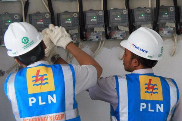 PLN berhasil memulihkan kembali sistem kelistrikan pada beberapa wilayah di Kabupaten Halmahera Utara yang terdampak banjir.