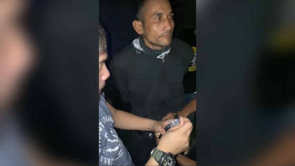 Pelaku panyalahgunaan narkoba jenis sabu saat ditangkap oleh anggota Ditresnakoba Polda Jambi.
