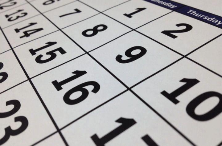 Ilustrasi kalender hari libur.