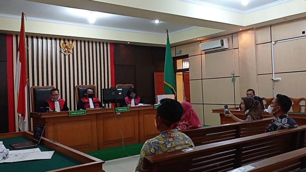 Kasus korupsi pembangunan turap di Desa Kembang Tanjung, Batanghari kembali bergulir. JPU menghadirkan perangkat desa sebagai saksi untuk mendalami kasus tersebut