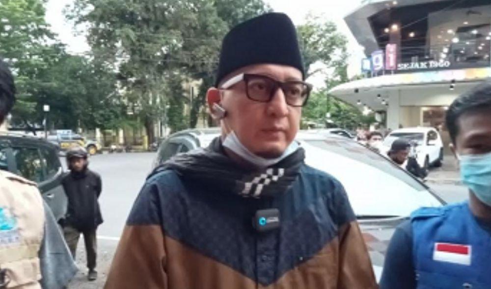 Ustad Zacky Mirza.